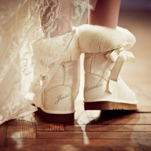 Hochzeit - For The Bride: Custom Wedding Boots
