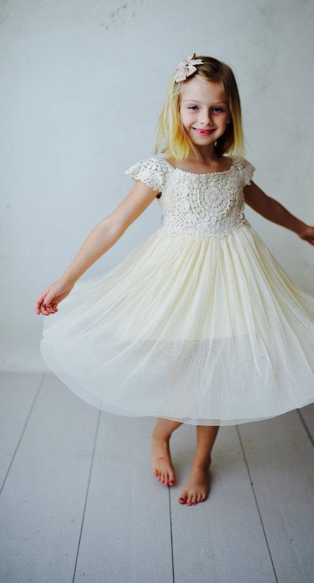 Düğün - Ships Free! Flower Girl Crochet Dress, Boho Girls Dress, Rustic Flower Girl Dress, Girls Ivory Dress, Lace Flower Girl, Vintage Flower Girl