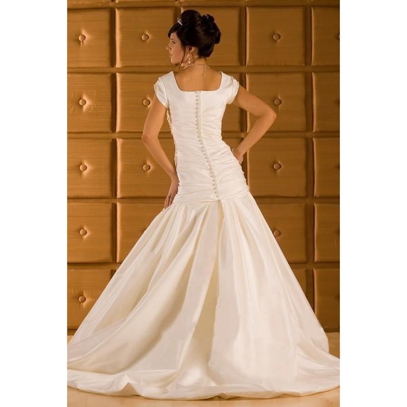 Свадьба - Elegant A-Line/Princess Square Court Taffeta Modest Wedding Dresses In Canada Wedding Dress Prices - dressosity.com