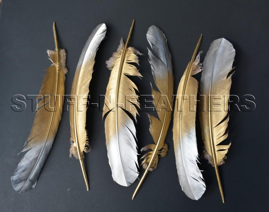 Hochzeit - GOLD & SILVER feathers, large painted real turkey feathers for millinery, wedding party table decor /10-14 in (25-35 cm) long / F171GS