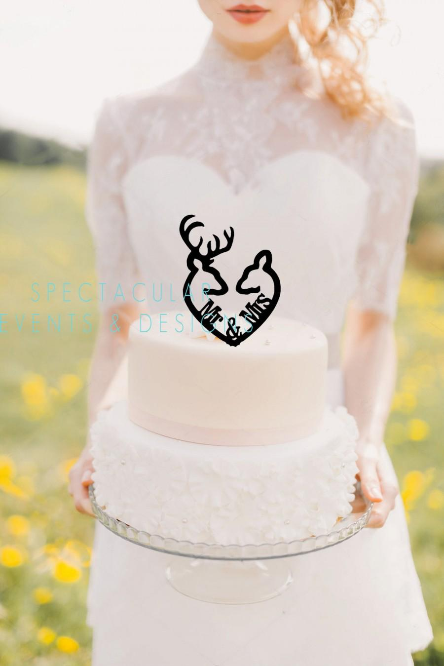 Mariage - Buck and Doe Heart Collection- Mr & Mrs Buck and Deer Heart Acrylic Cake Topper