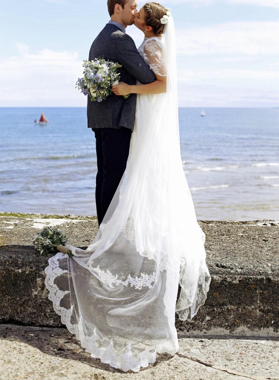 Свадьба - Bridal Soft Tulle Alencon Lace Veil, Chapel Floor length wedding veil with comb, Bride hair accessories, headpiece church length one tier