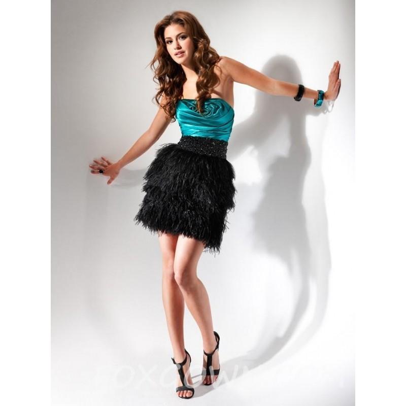 Kurze Prom Kleid Mit Gestuften Rock - Festliche Kleider #2682950 ...