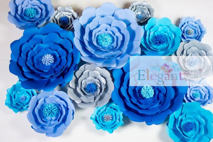 Hochzeit - Giant paper flowers, paper flower bakdrop, wedding backdrop, baby shower centerpiece, wedding decoration, engagement decoration - $320.00 USD