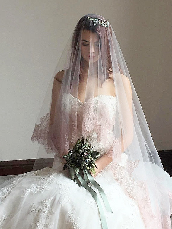 Mariage - Blush Bridal Veil, Blush Drop Veil, Chantilly Lace Cathedral Veil, Mantilla Veil, Pink Lace Veil, Blush Tulle Veil Cathedral Veil - CARSLYLE