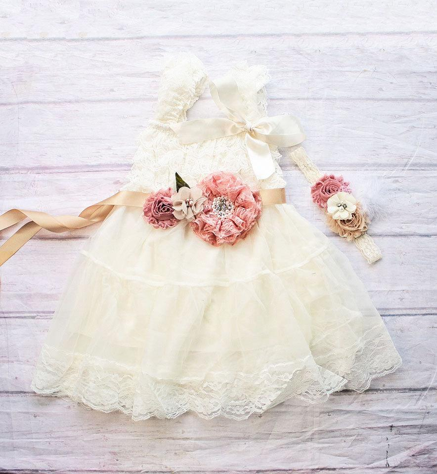 Свадьба - Rustic Flower Girl Dress, Ivory Flower Girl Dress, Rustic Flower Girl Dress with sash, Flower Girl Outfit,Wedding Dress, Ivory Wedding Dress