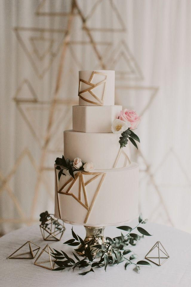 Düğün - Modern Industrial Gold And White Wedding With A Love For Geometry