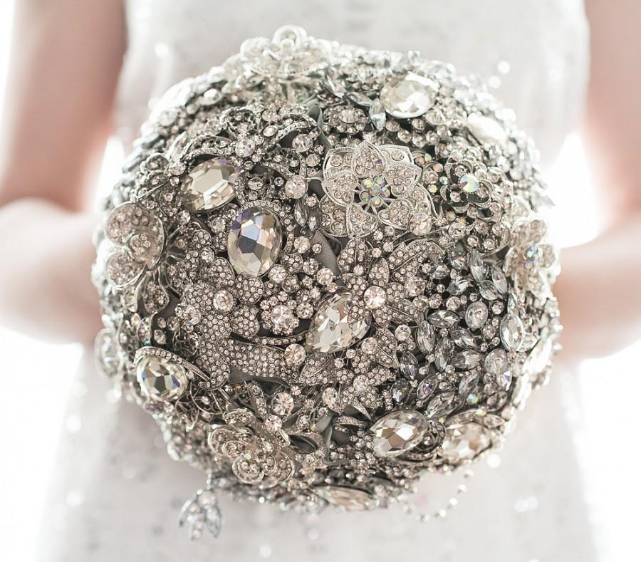 Свадьба - Bridal brooch bouquet. The Great Getsby Crystal wedding broach bouquet, Jeweled Bouquet.  Quinceanera keepsake bouquet. Broche ramo