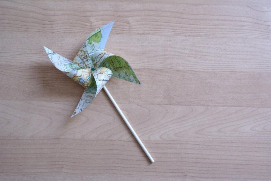 Mariage - Set of map pinwheels, travel theme