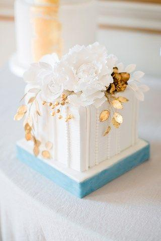Boda - 30 Incredibly Beautiful Gold Wedding Cakes