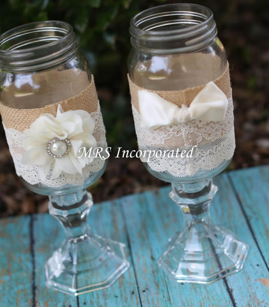 Mariage - Wedding His and Hers Mason jars, Mason Jars Toasting Glasses, Rustic Toasting Glasses, Mason Jars