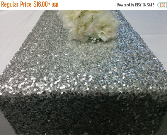 Mariage - ON SALE SEQUINS Runner Colors Sizes Sequin Table Runner Silver, Champagne, Gold, Purple, Red, Ivory, Turquoise, Mint, Lavender Wedding Sequi