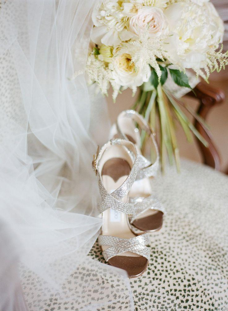 Hochzeit - Hint Of Glamour St. Louis Wedding