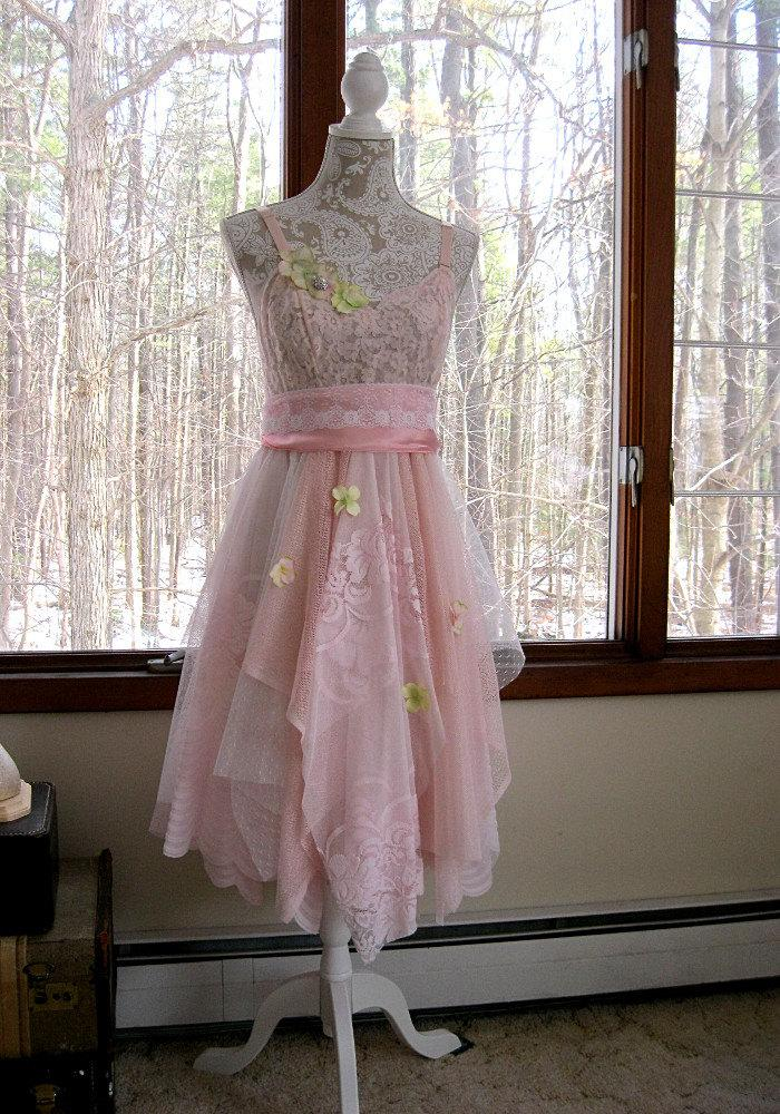 Boda - Baby pink tattered woodland pixie bohemian gypsy hippie wedding or prom dress, vintage laces, 34 inch bust, US 4-6 Small