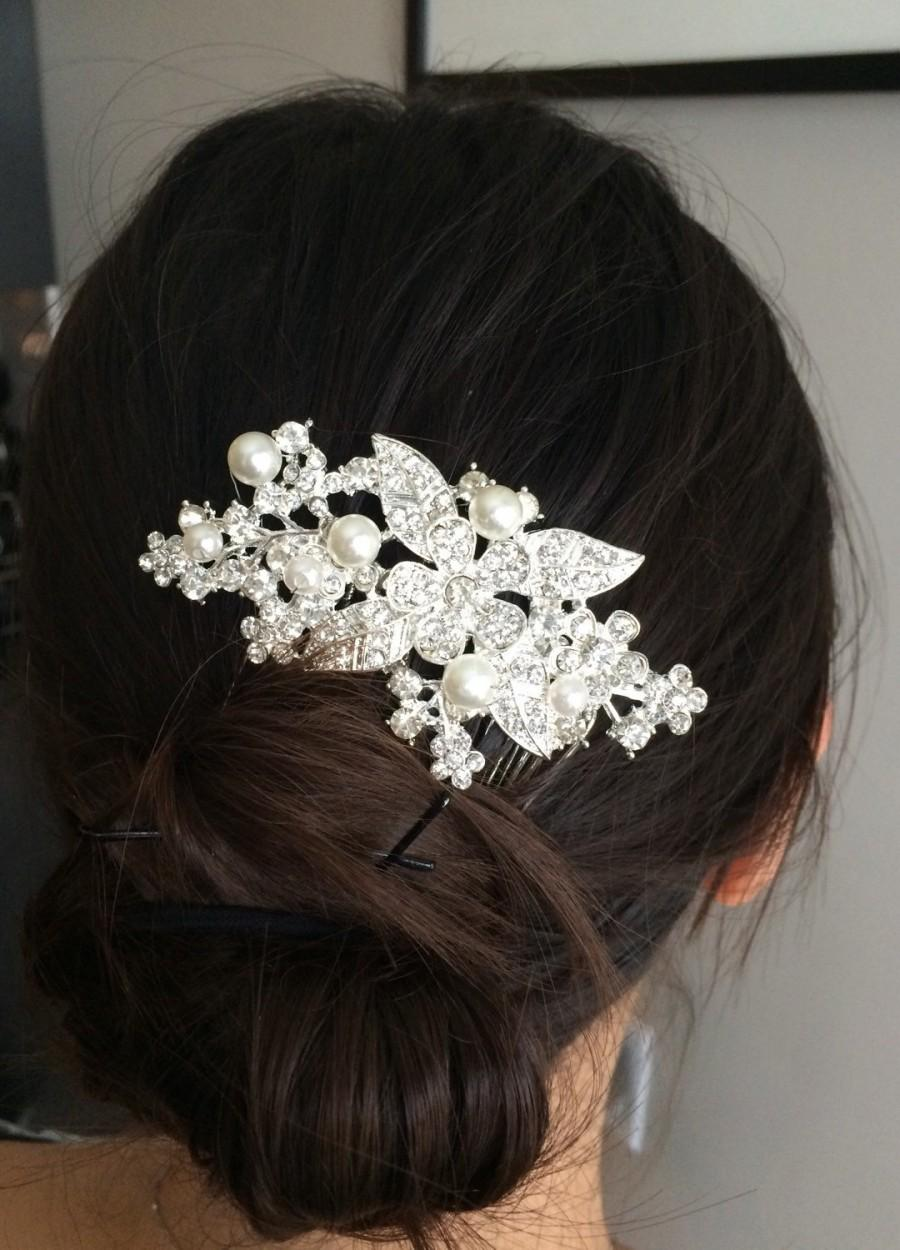 Hochzeit - Wedding hair comb, Pearl bridal hair comb, bridal hair accessories, wedding hair accessories, crystal hair comb, vintage comb, flower leaf