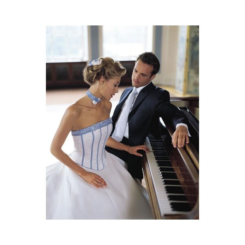 Mariage - Classic Strapless Embroider Stripes Dropped Satin Chapel Train Bridal Apparel In Canada Wedding Dress Prices - dressosity.com