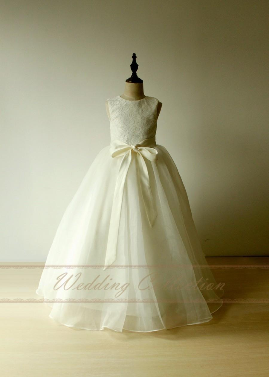 Mariage - Ivory Flower Girl Dresses Junior Bridesmaid Dresses for girls A Line Princess Gown