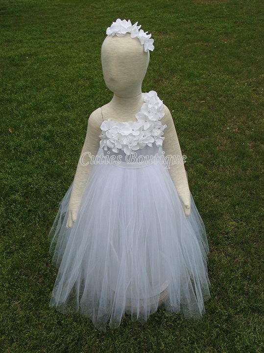 Mariage - White Flower Girl Tutu Dress Hydrangea Flowers Dress Wedding Birthday Holiday Picture 12, 18, 24 Month, 2T, 3T,4T Flower Girl Tutu Dress