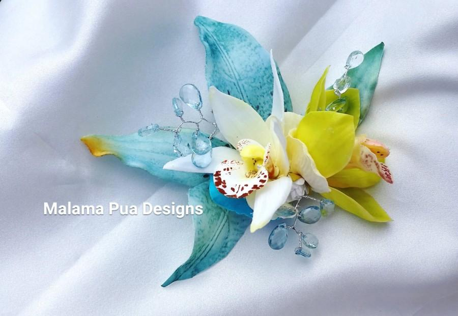 Hochzeit - BRIDAL HAIR CLIP, Hawaiian Orchids, Tropical Hair piece, Headpiece, Beach Hair Flower, Hair Accessory, Bridesmaid, Wedding, Fascinator, pin