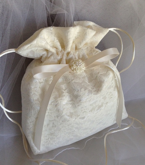 "Boda - WEDDING CARD BAG, Ivory Drawstring Card Bag, Ivory Wedding Lace Overlay, Keepsake Bag, Heirloom Bag, Money Bag, Wedding Accessory, 12"" x 11"""