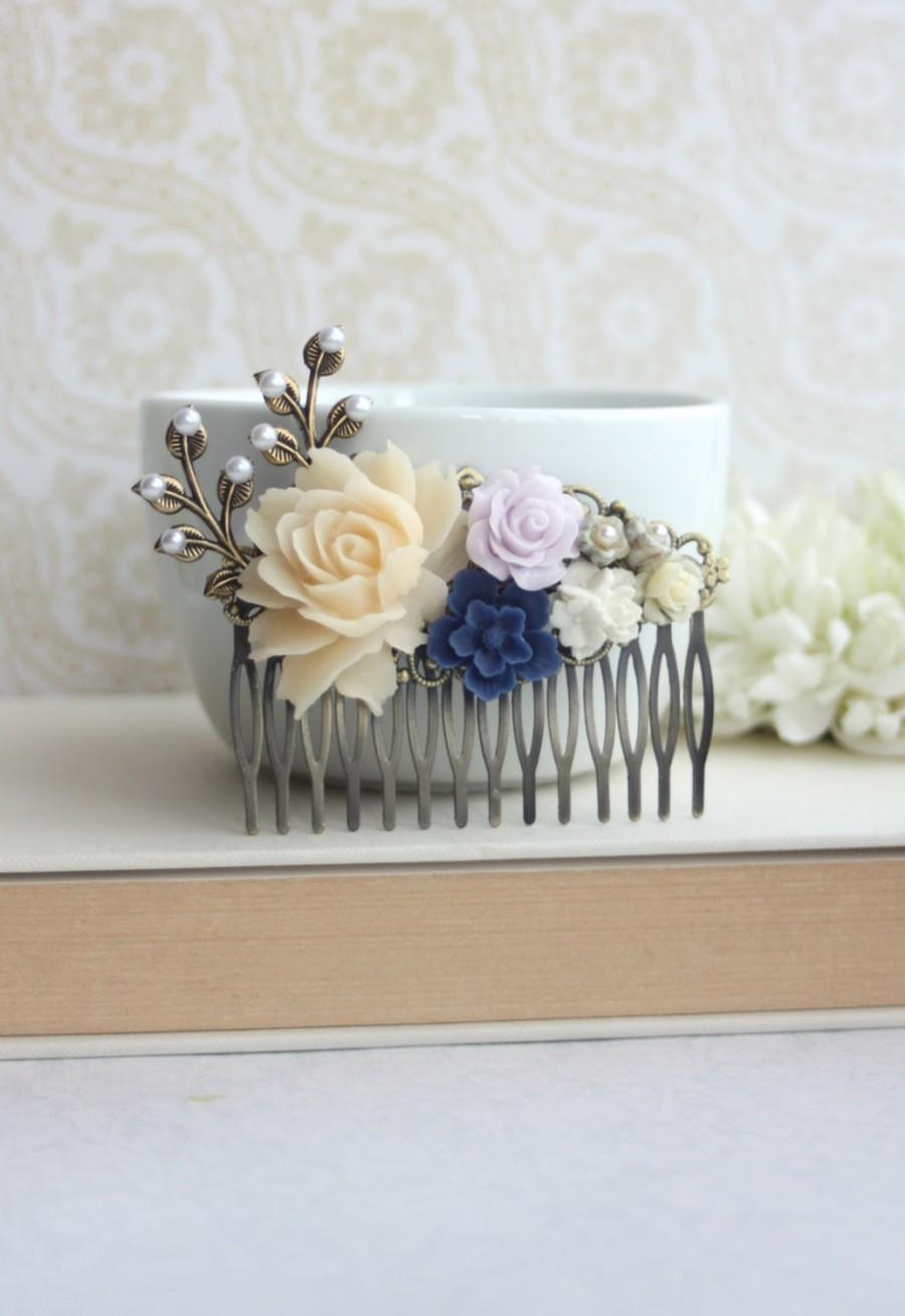 Mariage - Ivory, Lavender, Blue Wedding Large Comb. Large Ivory Rose, Blue Pearl Brass Leaf Hair Comb. Bridesmaid Gift. Blue and Lilac Purple Wedding.