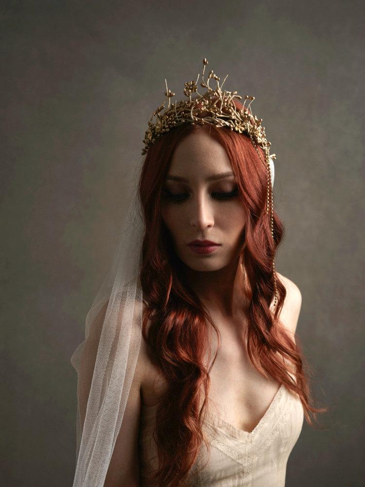 Mariage - Gold bridal crown, ivory wedding veil, gilded wedding headpiece, cathedral length veil, golden tiara, circlet, hair accessories - Celeste