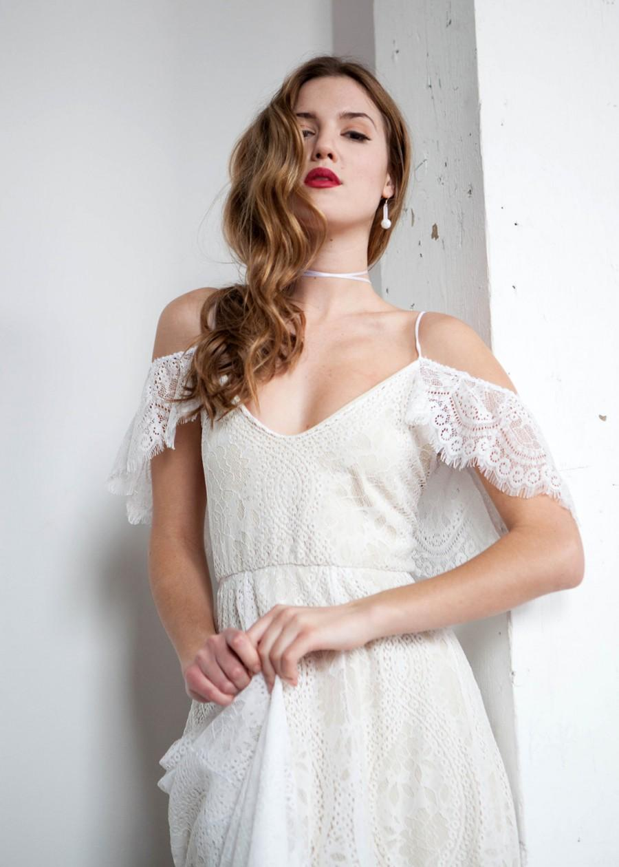 Boda - Boho Wedding Dress, Off Shoulder Wedding Dress, Hippie Wedding Dress, Cold Shoulder Wedding Dress, Open Back Wedding Dress - Paris Dress