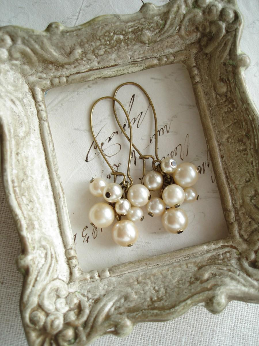Wedding - Pearl Cluster Earrings. Shabby Vintage Bohemian Glass Champagne Pearl Earrings. Rustic Wedding. Eco Friendly Jewelry. PreciousPastimes.