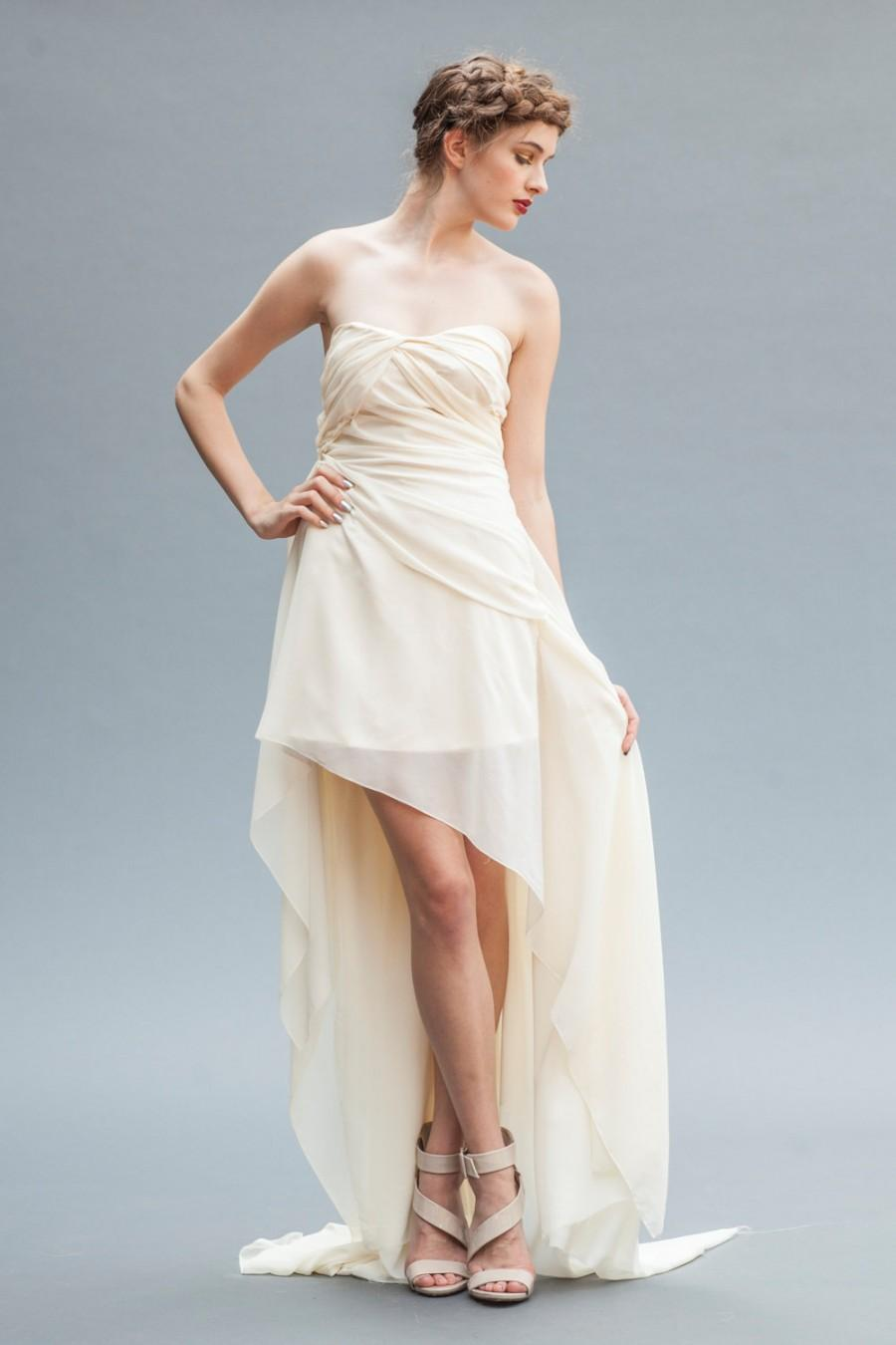 Sample Sale. The Athena Gown In Size 10 On Sale. Ivory Wedding Dress ...