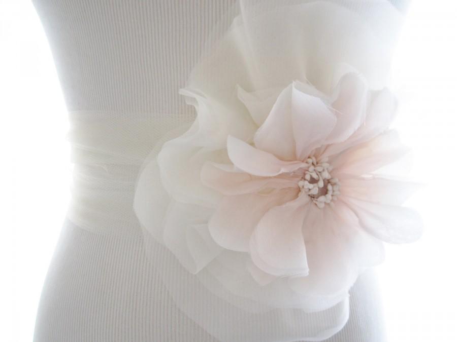 Mariage - Delicate Blush Pink Poppy and Silk Chiffon Bridal Sash, Bridal Belt, Tulle sash