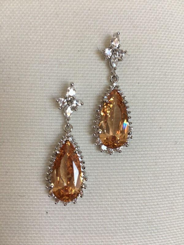 Mariage - Champagne Bridal Earring Bridesmaid Topaz Earrings Bridal earrings, Wedding jewelry, Cubic zircon crystal earrings Vintage inspired - $32.90 USD