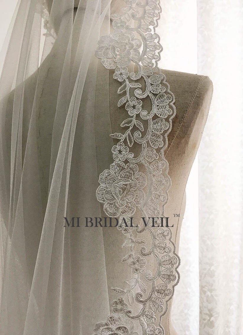 Mariage - Custom Bridal Veil, Vintage Rose Lace Veil, Alencon Rose Lace Veil, Mantilla Style or with Blusher. Fingertip, Waltz, Chapel, Cathedral Veil