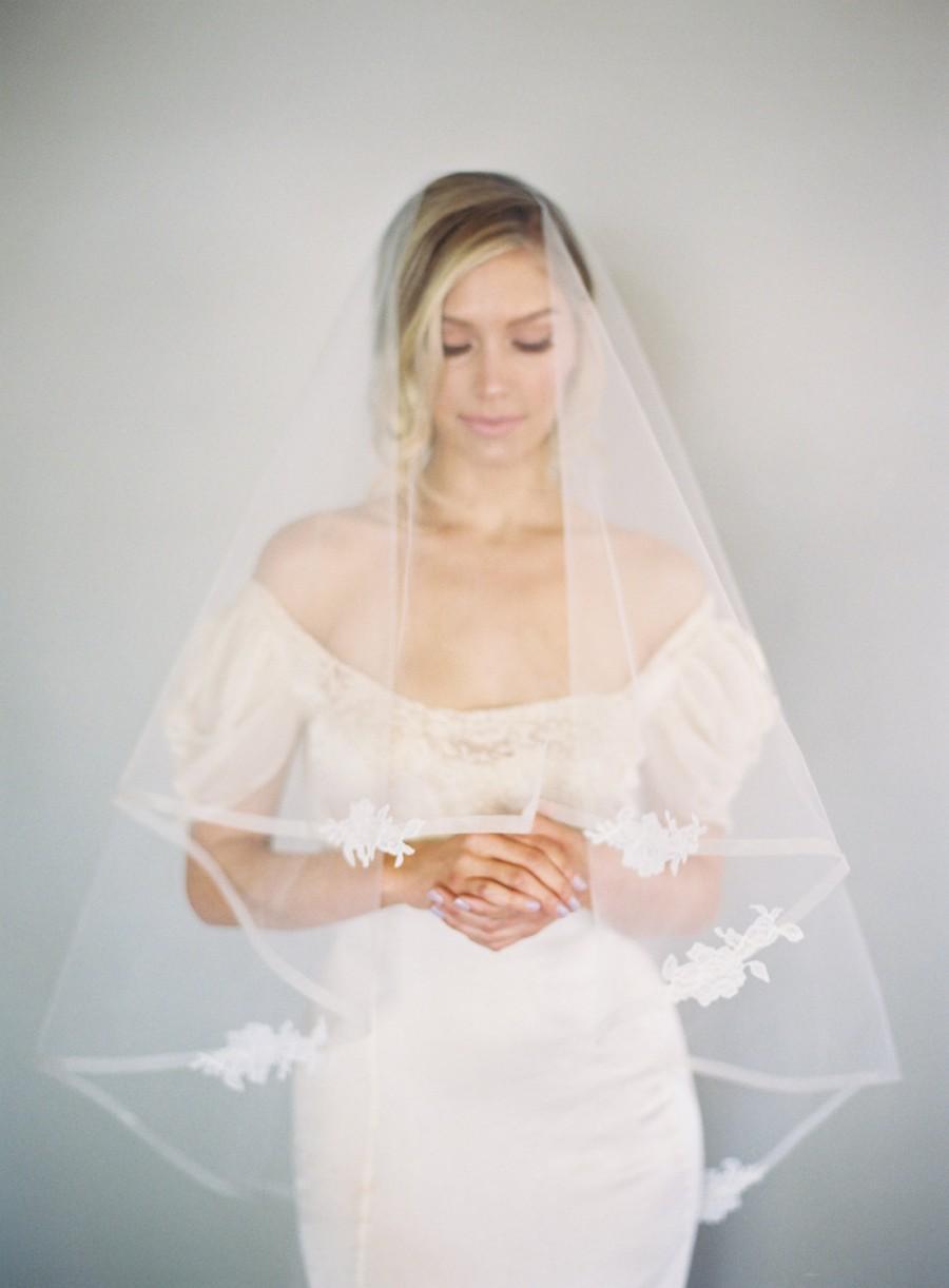 Wedding - 1/2 Inch Horsehair Veil, Chantilly Lace Edge Wedding Veil, Blusher Veil, Drop Veil, Double Layer Veil, Classic Veil, Ivory Veil, 1629
