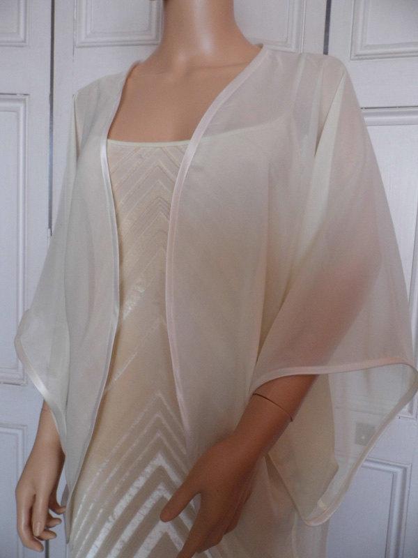 Hochzeit - Ivory chiffon kimono/jacket/wrap/cover-up/bolero with satin edging