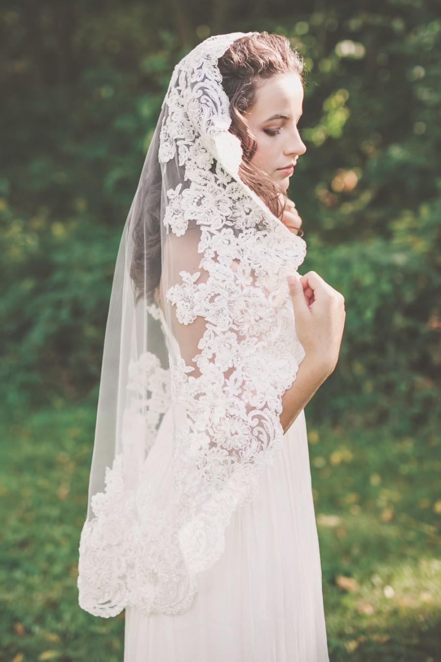 زفاف - mantilla veil, lace mantilla veil, lace edge mantilla, lace mantilla wedding veil, lace bridal veil, lace edge veil  - MERCEDES