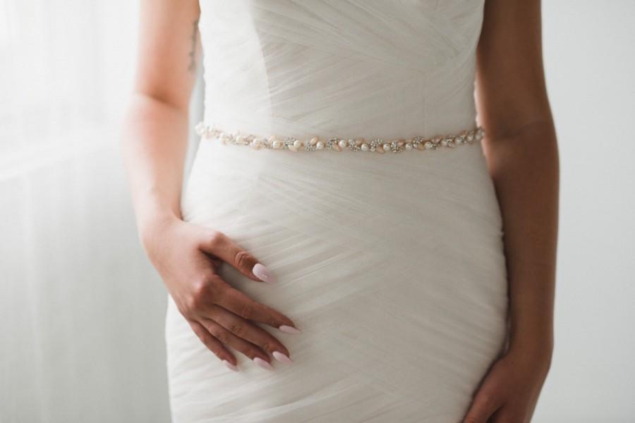 Mariage - Rose Gold Pearl Bridal Sash