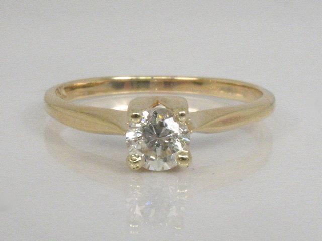 زفاف - Vintage Diamond Solitaire Engagement Ring - 0.40 Carat Diamond - 10K Yellow Gold