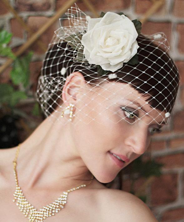 Wedding - Vintage birdcage veil - Wedding Birdcage veil -Bridal  fascinator -Bridal Head Piece - Ivory flower -White birdcage veil - Flower Hair Piece
