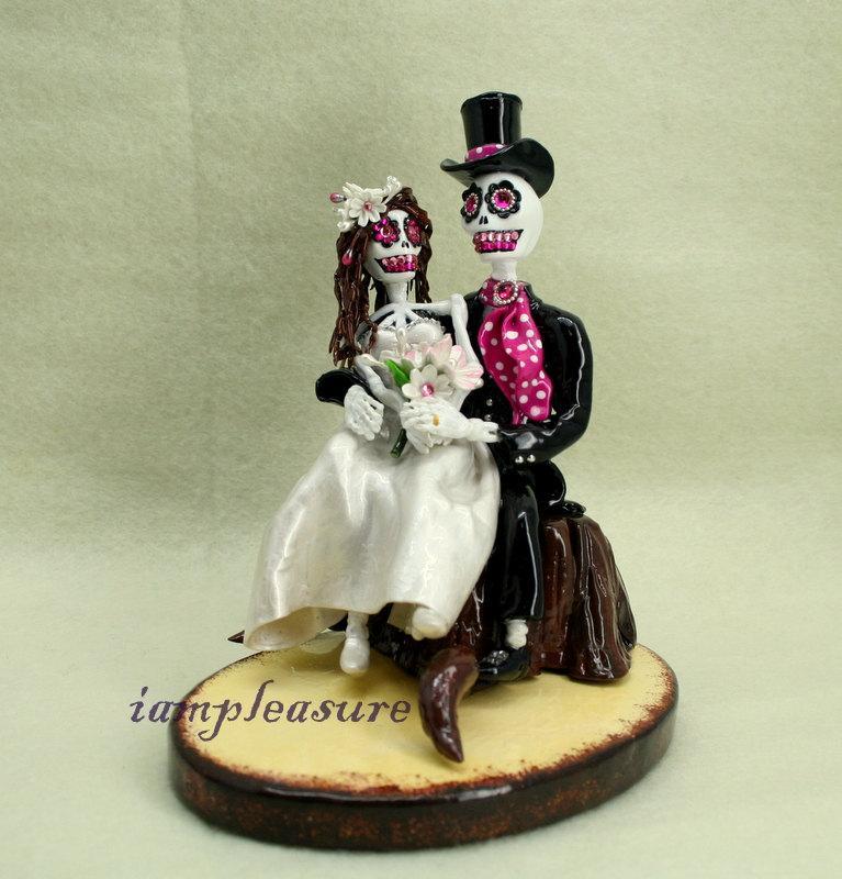زفاف - In my arms love never die cake topper Skeleton bride & groom ST0003