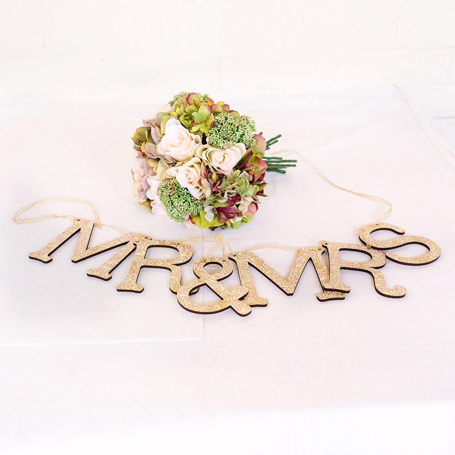 Свадьба - MR & MRS Bunting for Wedding Top Table Decoration