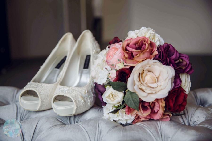 Wedding - Bridal Bouquet, Wedding Flowers, Floral Bouquet, Bridesmaid Flowers, Wedding Bouquet, Bridal Flowers, YOUR CHOICE COLOR, Purple Bouquet