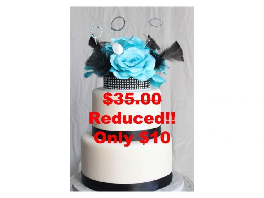 زفاف - Elegant Blue Rose on Black rhinestone Cake Topper, Wedding, Sweet 16, Quince, Party Decor, Sale, Reduced Price, OverTheTopCakeTopper