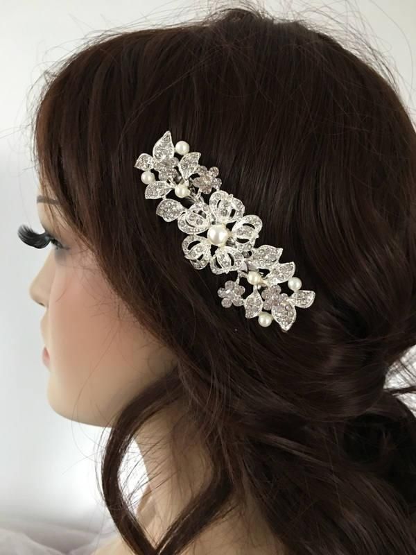 Свадьба - Wedding Hair Comb Floral Pearl hair comb Silver bridal haircomb Bridal Hair comb Wedding Hair accessory Crystal hair comb floral - $31.90 USD