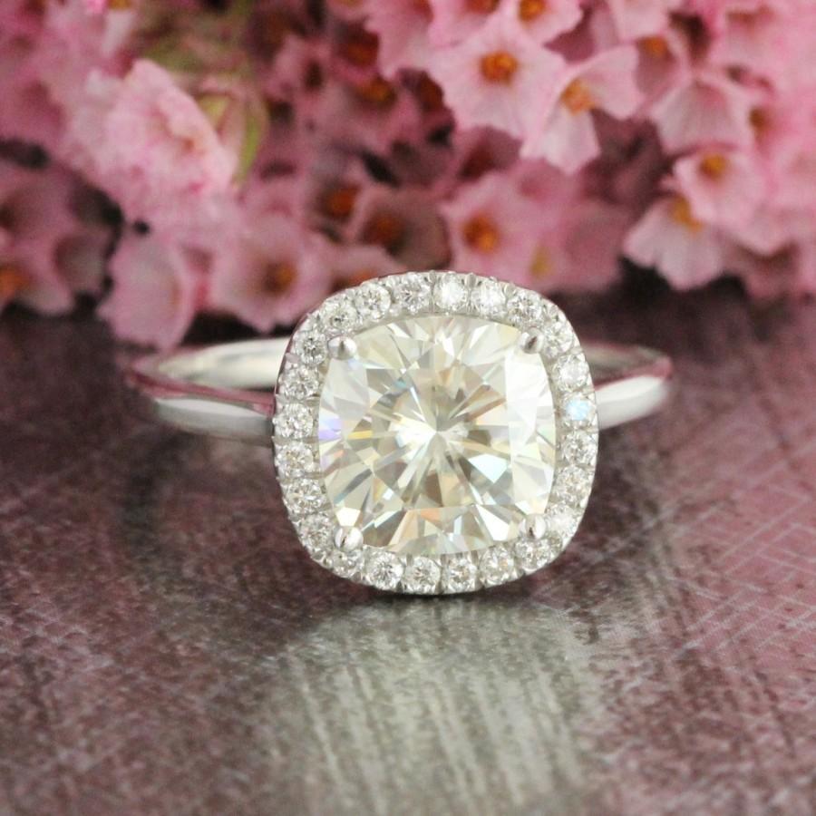 Mariage - Forever Brilliant Moissanite Engagement Ring in 14k White Gold Halo Diamond Wedding Band 8x8mm Cushion Gemstone Ring (Bridal Set Available)