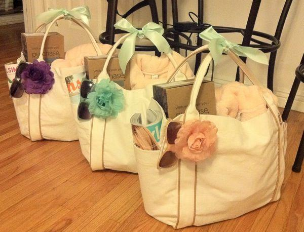 Mariage - Overloaded Bridesmaid Gift Bags!