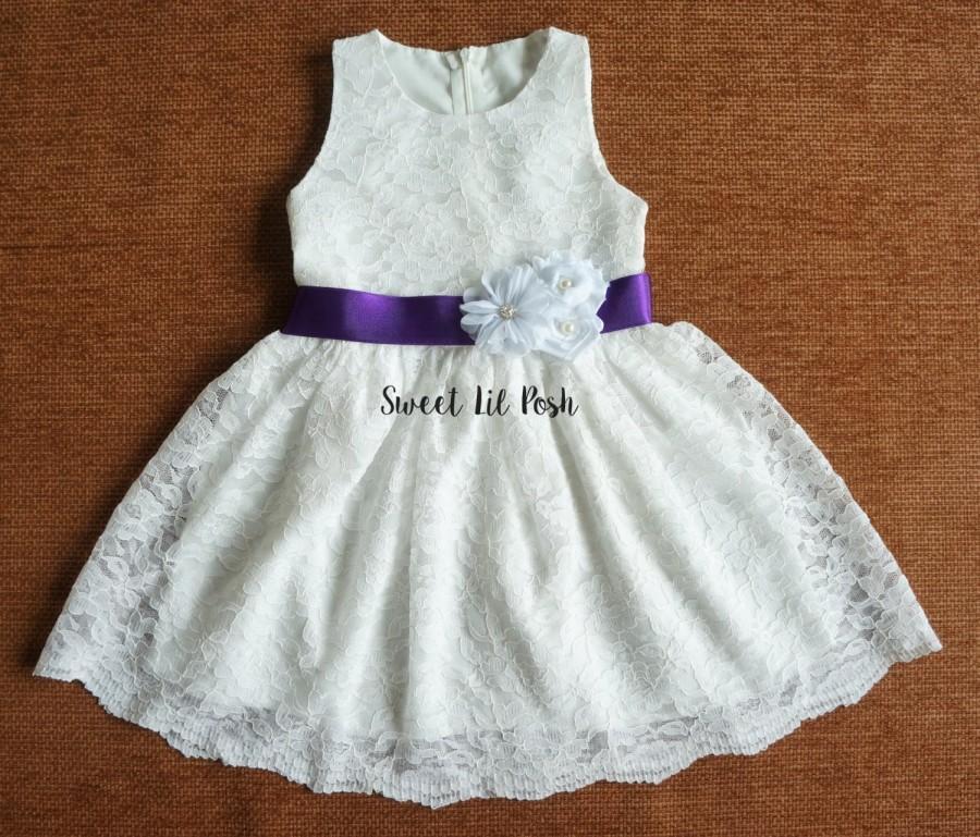 Hochzeit - Off White Lace Girls Dress, Flower Girl Dress, Lace Girl Dress, Rustic Lace Girl Dress, Ivory Lace Girl Dress, Junior Bridesmaid dress