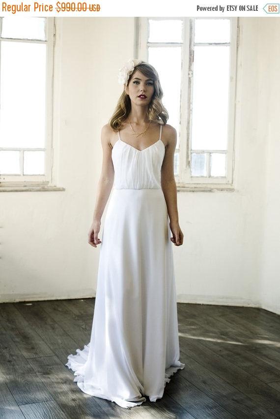 Mariage - SALE Simple wedding dress, simple ivory beach wedding dress, simple backless ivory wedding dress, custom size 4-6-8-10