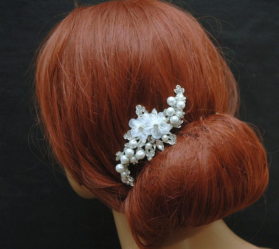 Mariage - Crystal and Pearls Wedding Hair Comb, Organza Flower Hair Comb, Bridal Headpiece, Rustic Wedding Hair Piece, Bohemian Wedding Hair Accessory - $39.00 USD