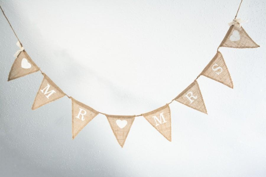 Hochzeit - MR and Mrs Burlap Banner Rustic Wedding Banner Photo prop reception Burlap Wedding Banner