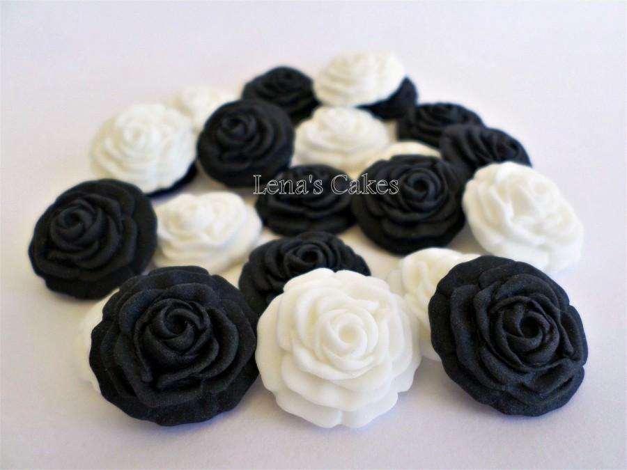 Hochzeit - 50 Wedding Favor Candy Cupcake Fondant Topper Cake Gumpaste Flower Rose Edible, Gothic Wedding Cake, Black White Party Decor Shower Birthday